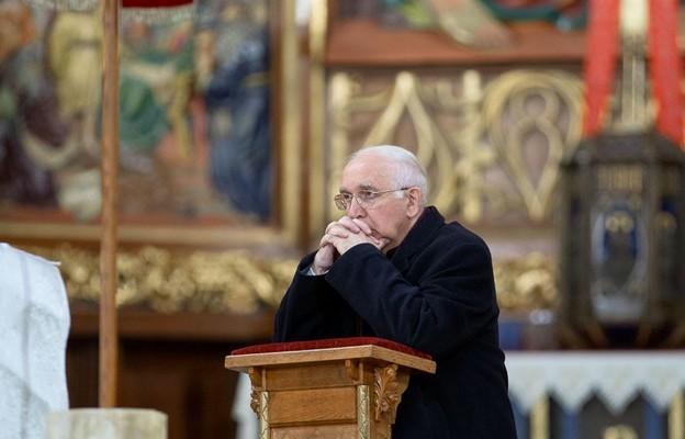 Abp Depo do młodych: nie bójcie się Boga! To nie On jest konkurentem waszej wolności