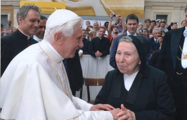 S. Margherita Marchione z papieżem Benedyktem XVI