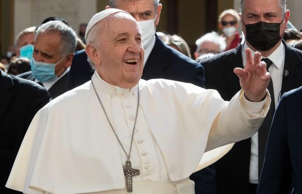 Franciszek: modlitwa ma służyć naszemu nawróceniu