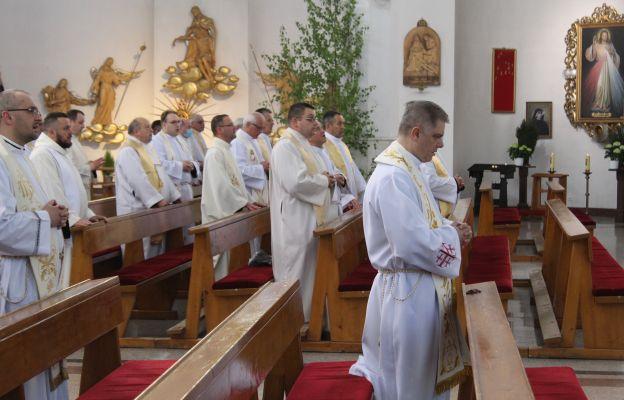 Msza św. w kościele Podwyższenia Krzyża Św. w Wałbrzychu