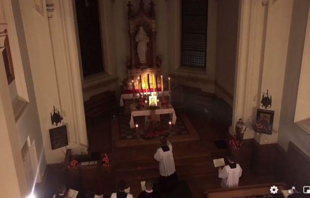 Spontaniczna decyzja. Klerycy zaśpiewali akatyst