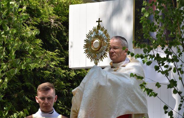 Centralnej procesji Bożego Ciała w Gorzowie przewodniczył bp Tadeusz Lityński