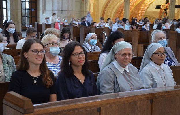 Dwie świeckie misjonarki wyruszają z Krakowa do Zambii, by być świadkami Chrystusa.