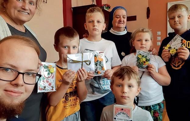 Pomaganie jest wpisane w statut katolickiej podstawówki w Gorzowie