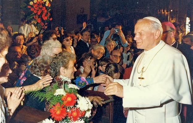 Papież w robotniczym mieście