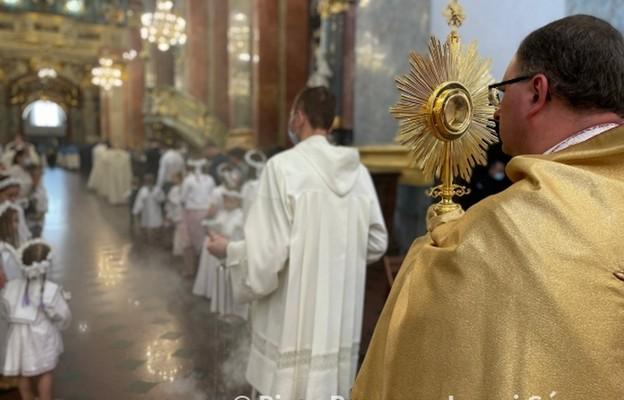 Nieszpory eucharystyczne z poświęceniem ziół i kwiatów