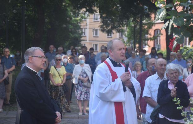 Modlitwa poświęcenia krzyża