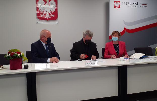 Podpisanie umów w Urzędzie Wojewódzkim w Gorzowie