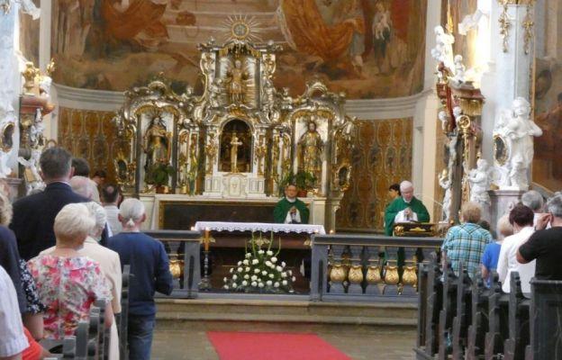 Mężczyźni u św. Józefa