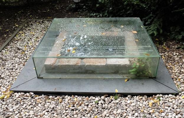 Moim ludzkim obowiązkiem było im pomóc. Historia bohatera ukrywającego Żydów w warszawskim zoo.