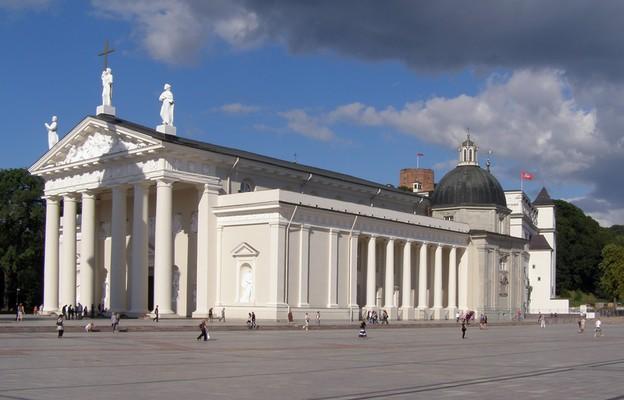 Bazylika archikatedralna św. Stanisława i św. Władysława w Wilnie