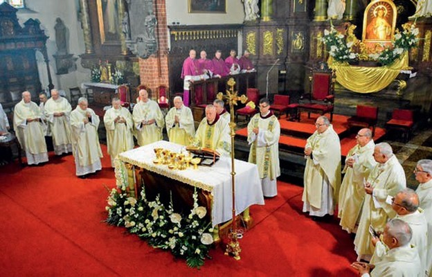 Dziękczynne uroczystości biskupa legnickiego