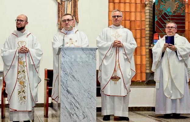 Księża posługujący w parafii