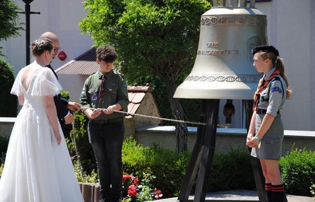 Dzwon Głos Nienarodzonych