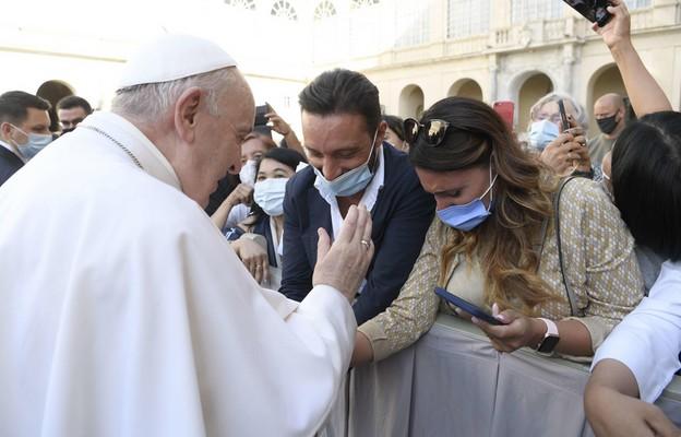 Watykan: w lipcu nie będzie papieskich audiencji