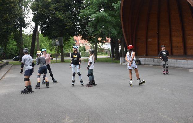 Podczas Forum można było nauczyć się jeździć na rolkach.