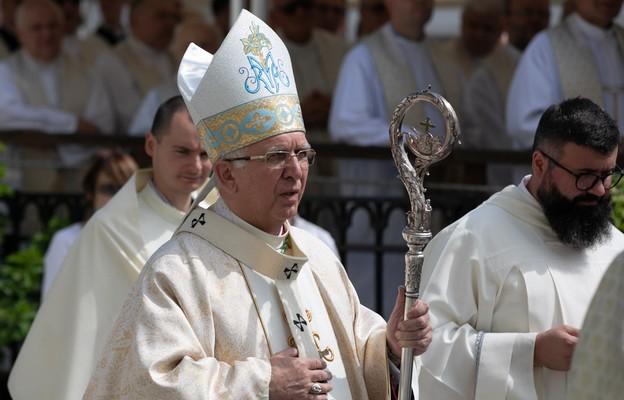 Abp Depo: dzieło Radia Maryja to nie ideologiczna propaganda czy religijny marketing