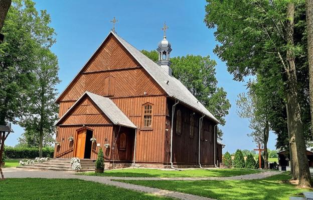 Kościół parafialny w Kraczewicach