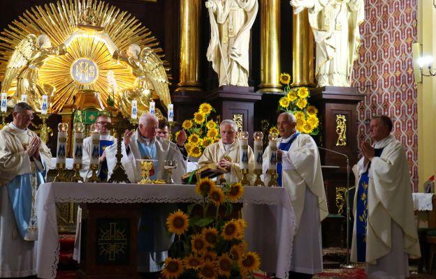 Mszy św. przewodniczył abp Adam Szal