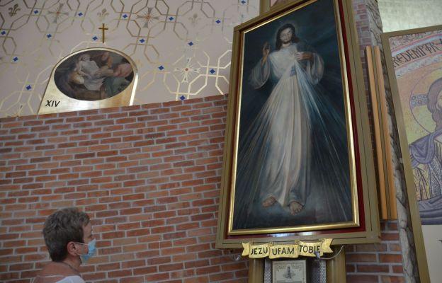 Apostolstwo Trzeźwości w parafii na Kurdwanowie w Krakowie od 13 lat nieustannie modli się o wolność dla osób zagrożonych problemem alkoholizmu.