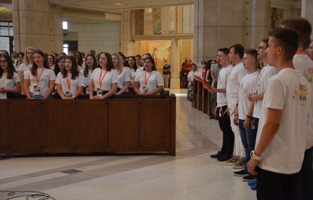Młodzi spotkali się na Białych Morzach, by ponownie odczuć radość, jaka towarzyszyła im 5 lat temu na ŚDM w Polsce.