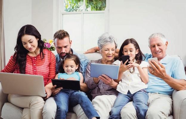 Cyfrowy ślad rodzinny