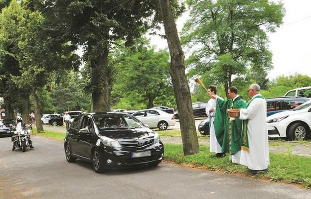 Poświęceniu pojazdów towarzyszył apel o trzeźwą i bezpieczną jazdę
