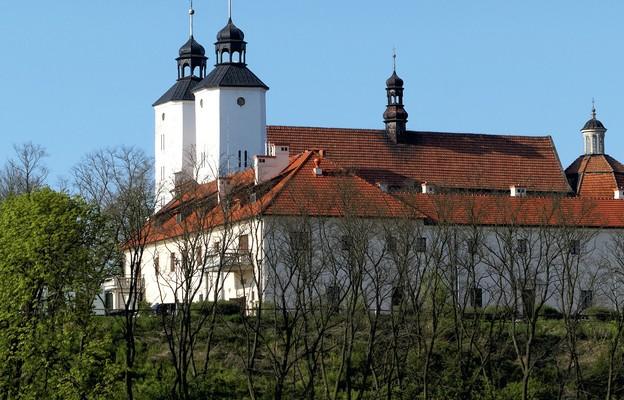Nadwiślański klasztor