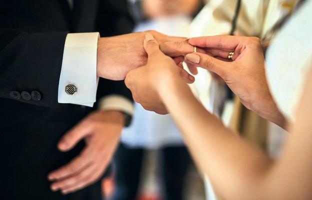 Jak długo jest ważny kurs przedmałżeński?