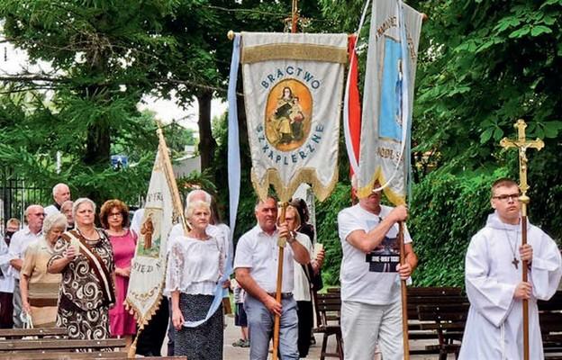 Procesja eucharystyczna zakończyła uroczystości w sanktuarium św. Antoniego, patrona Brodnicy