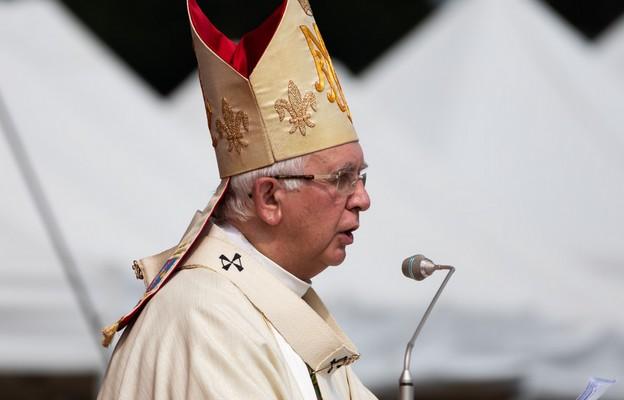 Metropolita częstochowski abp Wacław Depo przewodniczy Mszy św. odpustowej