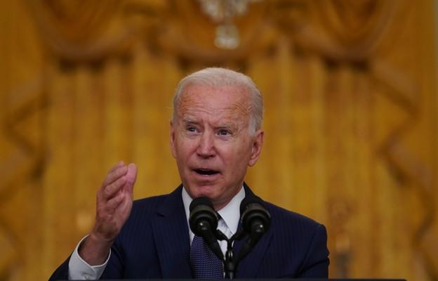 USA: Prezydent Biden zezwolił dowódcom sił zbrojnych na prowadzenie operacji przeciw IS-Ch