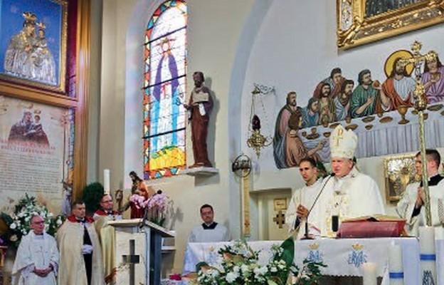 Maryja w tajemnicy Kościoła