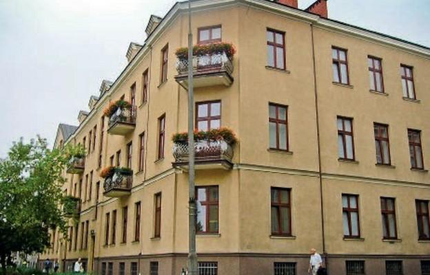 Dziś w budynku przy Słowackiego 5 mieści się Liceum Sióstr Nazaretanek im. św. Jadwigi Królowej