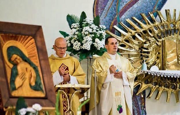 Parafia otrzymała obraz Matki Bożej Katyńskiej