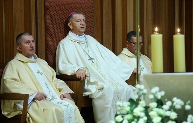 Abp Guzdek podczas ingresu: Najważniejsze jest zaufanie Bogu i postawa służby na wzór św. Józefa
