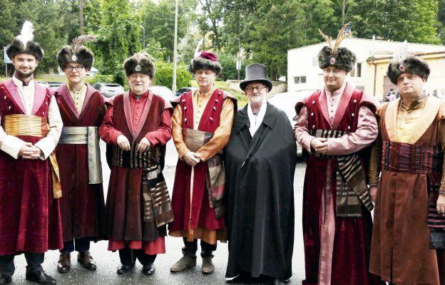 Uczestnicy Korowodu Moniuszkowskiego