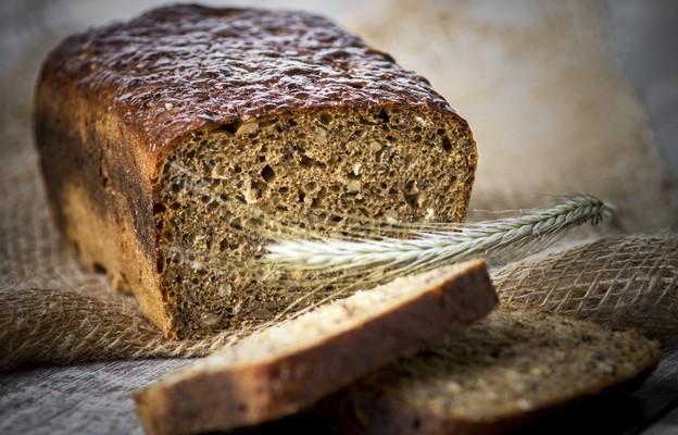Chleb razowy z miodem