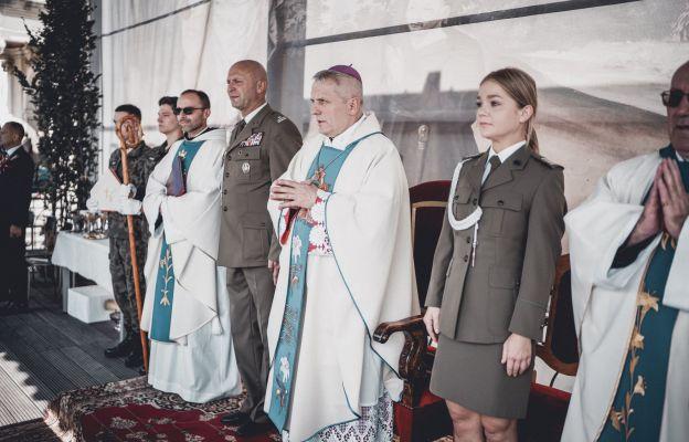 Uroczystościom przewodniczył bp Jamrozek