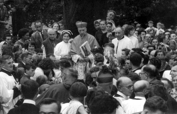 Prymas Tysiąclecia 15 sierpnia 1959 odwiedził Bardo