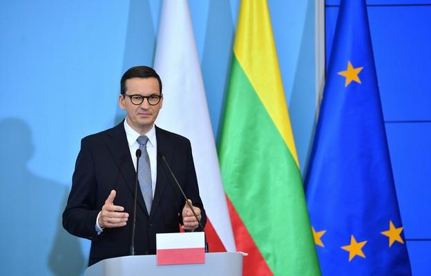 Morawiecki: każdy gniewny pomruk ze strony Kremla czy Mińska musi wywoływać konsolidację