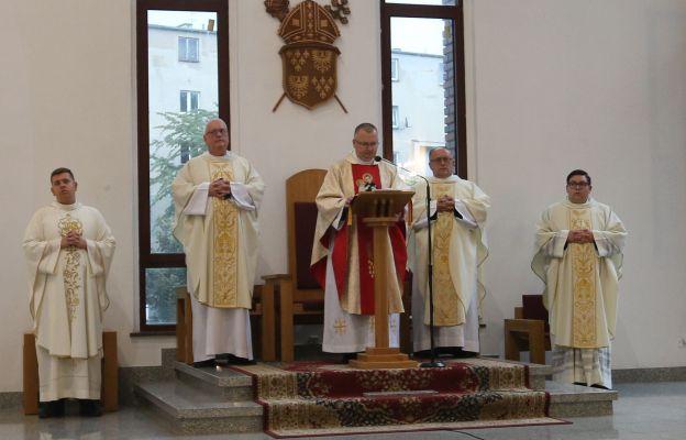Eucharystii przewodniczył ks. Andrzej Delwo
