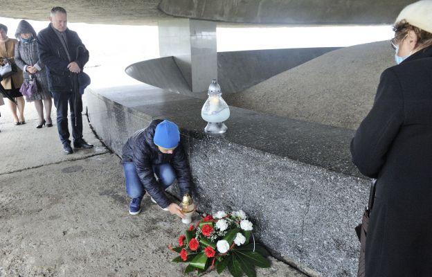 Potęga miłości. Niedziela pamięci o ofiarach Majdanka