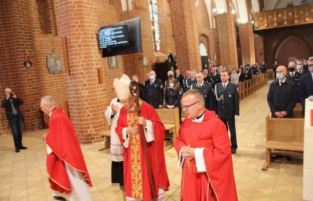 Mszy św. w gorzowskiej katedrze w intencji pracowników KAS przewodniczył pasterz diecezji