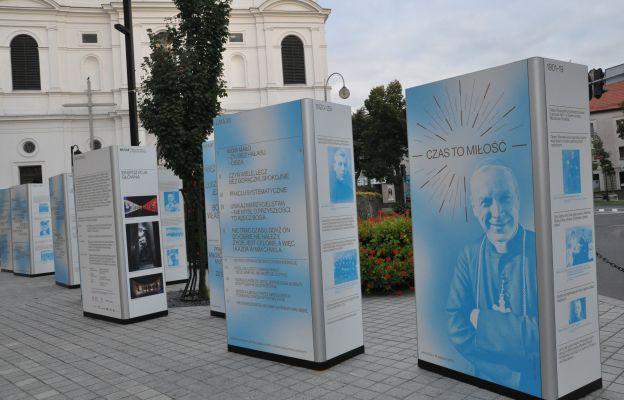 Wystawa upamiętniająca bł. kard. Stefana Wyszyńskiego w Radomsku
