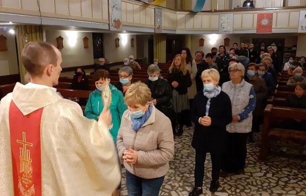 Zbąszynek. Uczcili św. ojca Pio