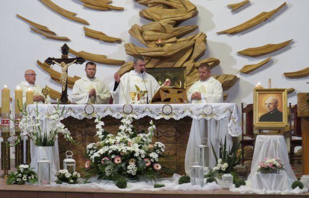 W dzień Patrona Wspólnoty przygotowano oprawę liturgiczną Mszy św. wraz z darami ołtarza