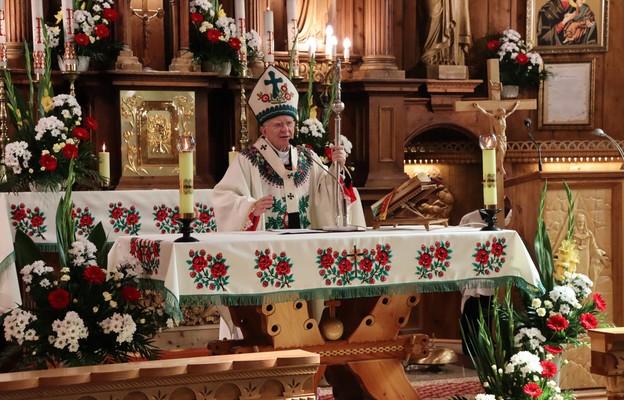 Abp Jędraszewski w Zębie: nie ma udanego życia bez Chrystusa