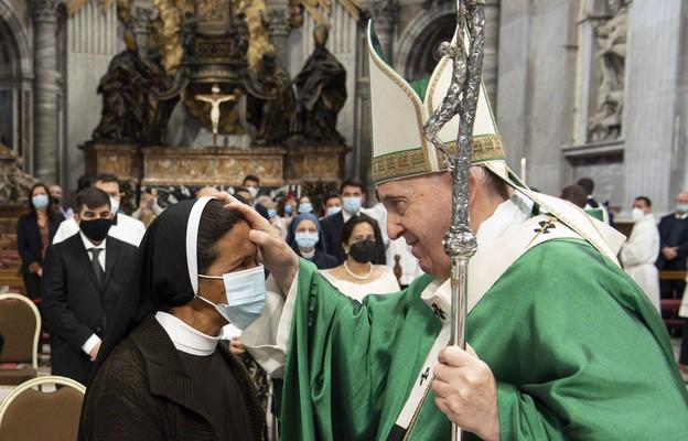 Papież spotkał się  z s. Glorią Narvaez, która przez ponad 4 lata była więziona przez islamistów