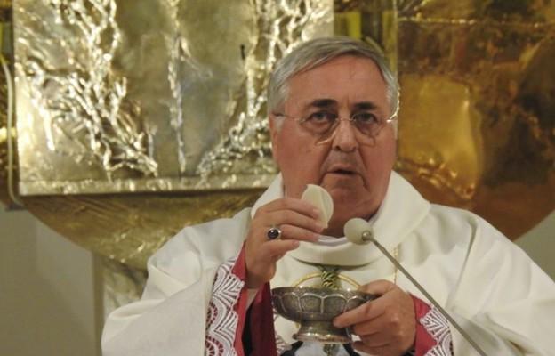 Abp Pennacchio w Kętach: Serce Chrystusa bije w naszym świecie i nie przestaje nas kochać